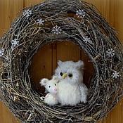 """Для дома и интерьера ручной работы. Ярмарка Мастеров - ручная работа Декоративный интерьерный венок """"Сова и мышка"""" на дверь или стену. Handmade."""