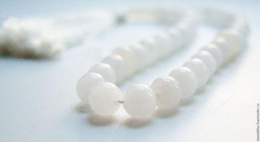 """Четки ручной работы. Ярмарка Мастеров - ручная работа. Купить Четки из белого агата """"Белый павлин"""". Handmade. Белый"""