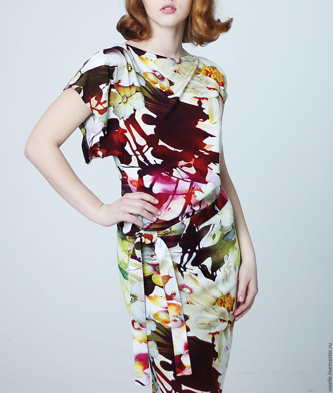 The dress is knitted mordovoozerskoye