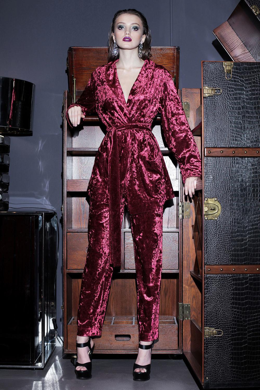 dbb6004f7bb Ярмарка Мастеров - ручная работа. Купить Бархатный костюм шелковый пижамный  стиль Костюмы ручной работы. Бархатный костюм шелковый пижамный стиль.