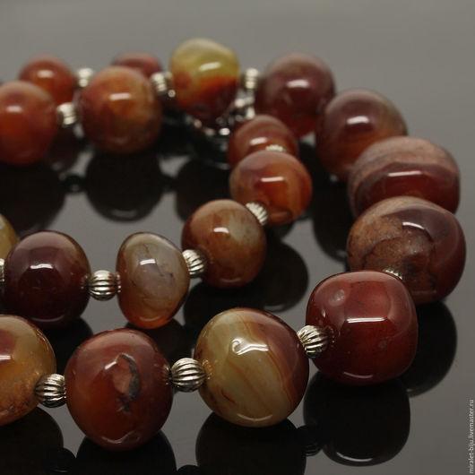 Красивые бусы из сердолика. Сердоликовые бусы в подарок женщине. Ожерелье из натурального сердолика.