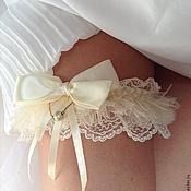 """Свадебный салон ручной работы. Ярмарка Мастеров - ручная работа Подвязка """"Ivory Buff"""". Handmade."""