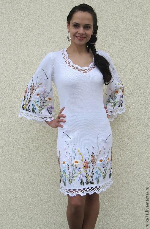 Платье с вышивкой лентами фото