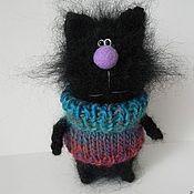 """Куклы и игрушки ручной работы. Ярмарка Мастеров - ручная работа Кот вязаный """"Черный в свитере"""". Handmade."""
