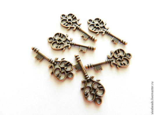 Подвеска Ключ, размер 33*14*2 мм, цвет Медь (арт. 1464) Сплав не содержит свинца и никеля.