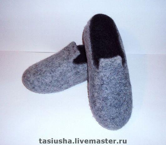 """Обувь ручной работы. Ярмарка Мастеров - ручная работа. Купить Тапки валяные мужские """"Уютные"""". Handmade. Домашние тапочки, войлок"""