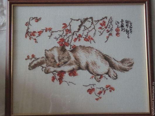 """Дизайн интерьеров ручной работы. Ярмарка Мастеров - ручная работа. Купить Картина вышитая  """"спящий кот"""". Handmade. Картина в подарок"""