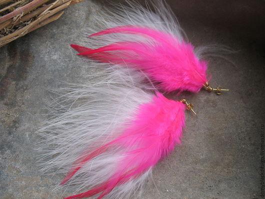 Серьги ручной работы. Ярмарка Мастеров - ручная работа. Купить Длинные серьги с белыми и розовыми перьями. Handmade. Длинные серьги