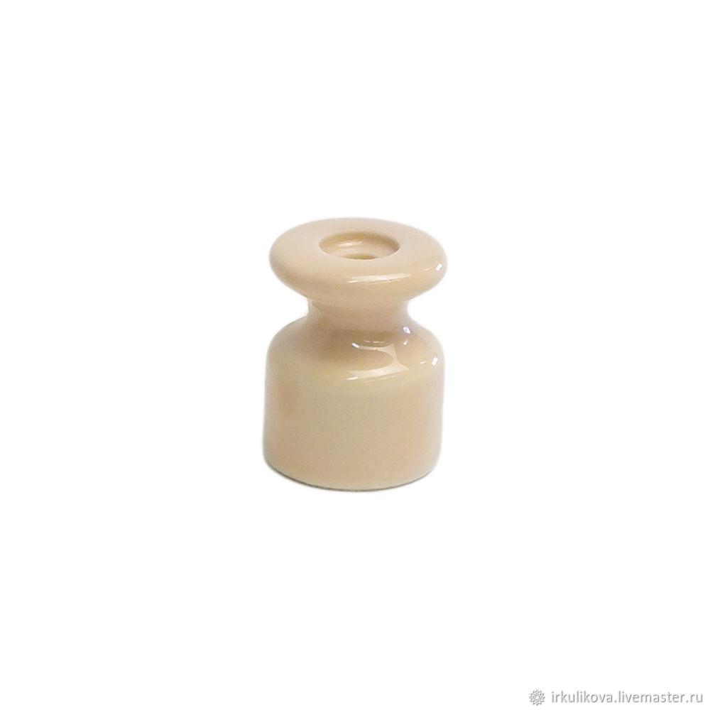 Изолятор керамический 19х24 мм,бежевый, Дизайн, Москва,  Фото №1