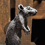 Сувениры и подарки handmade. Livemaster - original item A rat on its hind legs. A rat made of silver . Table decoration. Handmade.