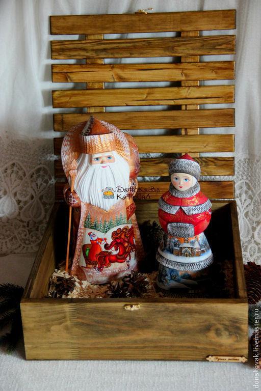 Новый год 2017 ручной работы. Ярмарка Мастеров - ручная работа. Купить Дед мороз и снегурочка в коробе (большие). Handmade.