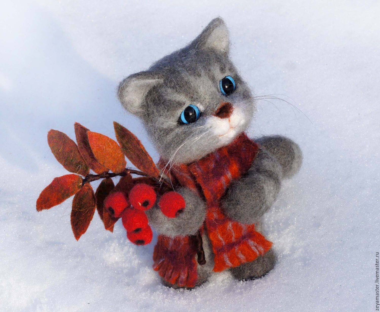 A cat with a branch of Rowan. Felted toy made of wool, Felted Toy, Zeya,  Фото №1