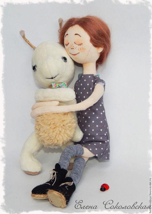 Коллекционные куклы ручной работы. Ярмарка Мастеров - ручная работа. Купить Авторская текстильная кукла Мэри и ее инопланетный друг Гоша. Handmade.