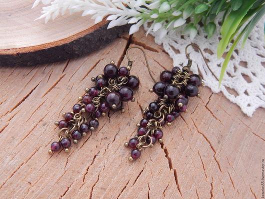 """Серьги ручной работы. Ярмарка Мастеров - ручная работа. Купить Длинные серьги """"Гранатовые грозди"""". Handmade. Серьги, серьги длинные"""