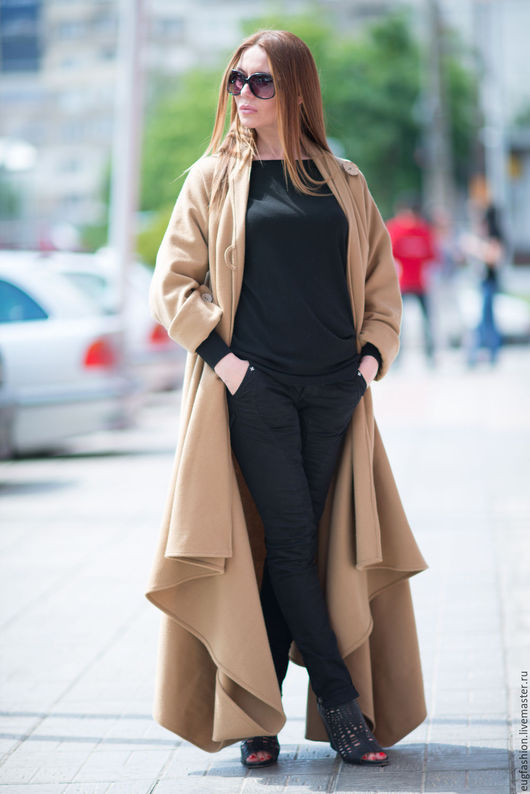 Пальто из кашемира. Длинное пальто. Женское пальто. Дамское пальто. Пальто в пол. Демисезонное пальто. Бежевое пальто.