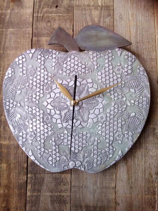 """Часы для дома ручной работы. Ярмарка Мастеров - ручная работа. Купить Часы  """"Яблоко кружевное"""".. Handmade. Винтаж, часы интерьерные"""