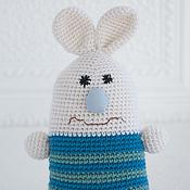 Куклы и игрушки ручной работы. Ярмарка Мастеров - ручная работа Заяц вязаный - игрушка для малышей.. Handmade.