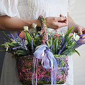 Цветы ручной работы. Ярмарка Мастеров - ручная работа Композиция из искусственных цветов в травяном кашпо. Handmade.