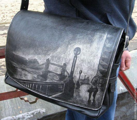 """Мужские сумки ручной работы. Ярмарка Мастеров - ручная работа. Купить сумка  """"Прогулка по набережной"""" горизонтальная в черном. Handmade. Черный"""