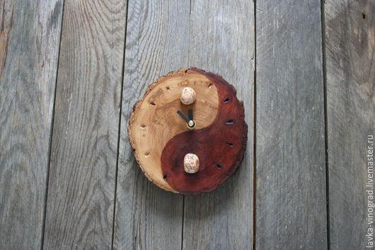 Часы для дома ручной работы. Ярмарка Мастеров - ручная работа. Купить Инь-Янь. Handmade. Коричневый, часы настенные