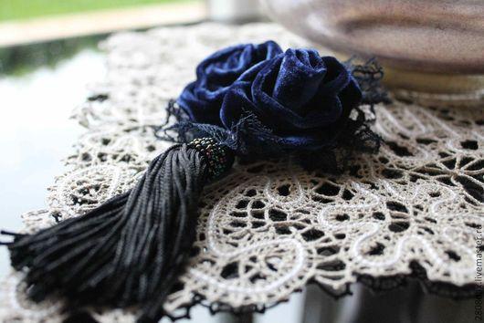 Броши ручной работы. Ярмарка Мастеров - ручная работа. Купить Бархатная брошь, темно-синий, кружево, брошь-розы. Handmade.