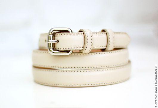 Пояса, ремни ручной работы. Ярмарка Мастеров - ручная работа. Купить Кожаный ремень под джинсы (белый). Handmade. Ремень