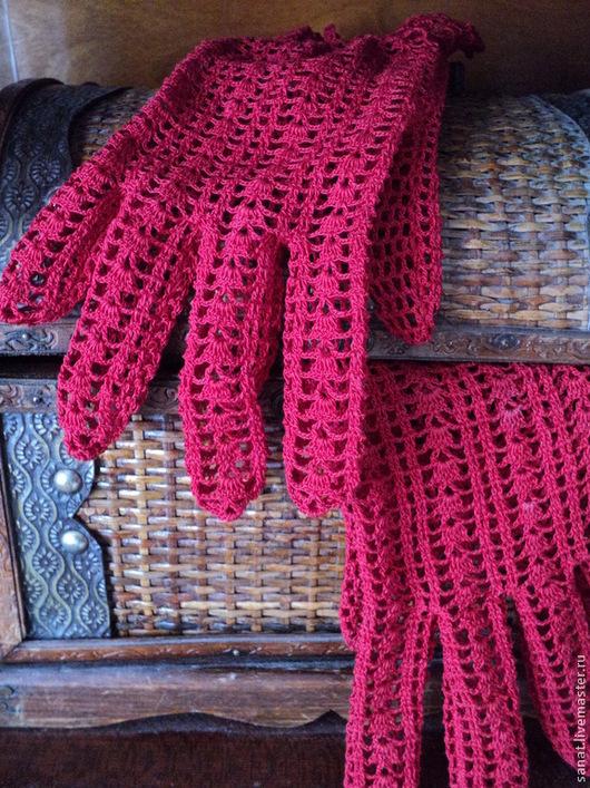 """Варежки, митенки, перчатки ручной работы. Ярмарка Мастеров - ручная работа. Купить Перчатки """"Красный ажур"""".. Handmade. Ярко-красный"""