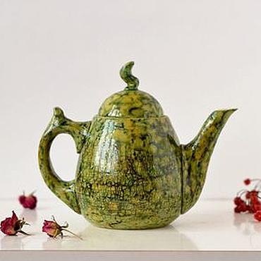 Посуда ручной работы. Ярмарка Мастеров - ручная работа Керамический чайник ручной работы Зеленая Рептилия. Handmade.