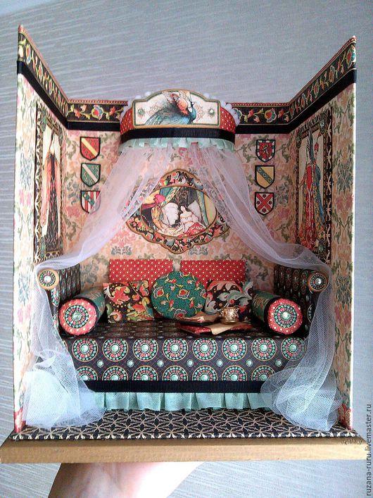 """Кукольный дом ручной работы. Ярмарка Мастеров - ручная работа. Купить Румбокс """" Кровать с балдахином"""". Handmade. Румбокс"""