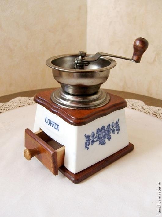 Винтажная посуда. Ярмарка Мастеров - ручная работа. Купить Кофемолка. Handmade. Синий, винтажный стиль, фарфор с росписью, для ресторана, метал
