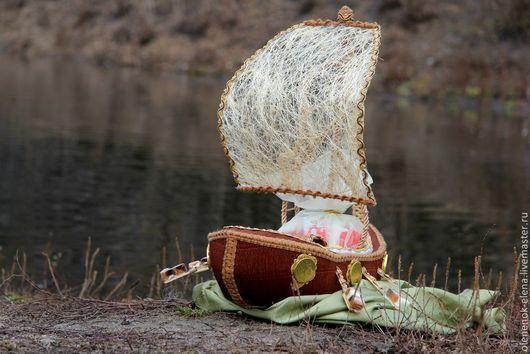 """Подарочные наборы ручной работы. Ярмарка Мастеров - ручная работа. Купить Драккар """"Ладья Одина"""" корабль из конфет. Handmade."""