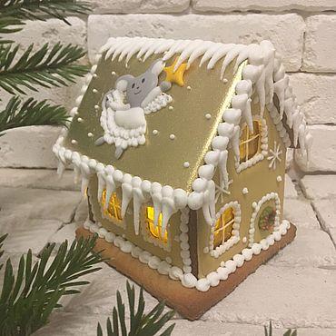 Сувениры и подарки ручной работы. Ярмарка Мастеров - ручная работа Средний пряничный домик золотой с мышкой. Handmade.