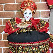 Игрушки ручной работы. Ярмарка Мастеров - ручная работа Кукла-грелка на чайник. Handmade.