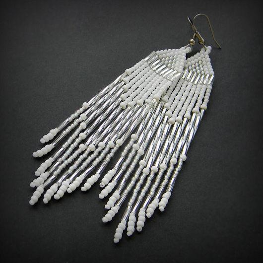 Серьги ручной работы. Ярмарка Мастеров - ручная работа. Купить Белые длинные серьги из бисера Необычные нарядные серьги белого цвета. Handmade.