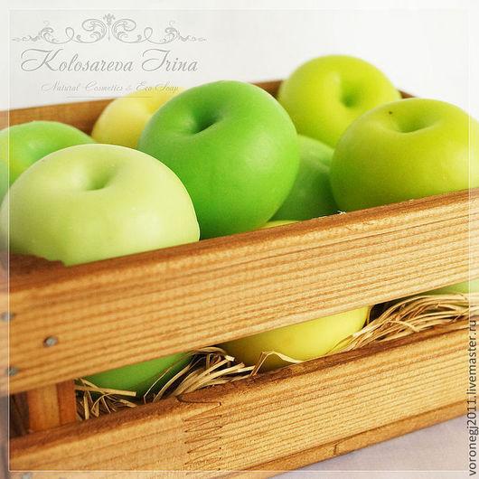 Мыло ручной работы. Ярмарка Мастеров - ручная работа. Купить Ящик с мыльными яблоками ассорти ЭКСКЛЮЗИВ. Handmade. Салатовый, фрукт