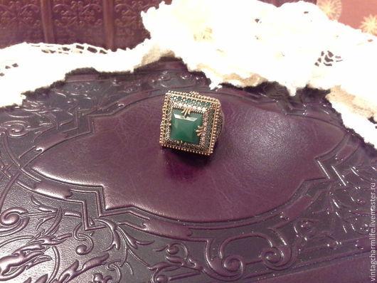 Винтажные украшения. Ярмарка Мастеров - ручная работа. Купить Кольцо с изумрудом. Handmade. Кольцо из серебра, серебряное кольцо, кольцо с камнями