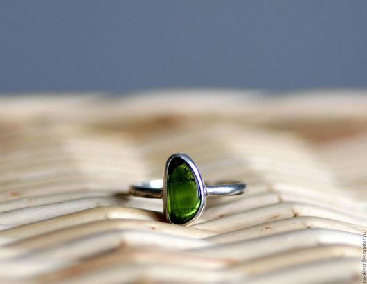 Кольца ручной работы. Ярмарка Мастеров - ручная работа. Купить Серебряное кольцо с зеленым хромдиопсидом. Handmade. Зеленый, хромдиопсид, кольцо