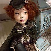 Куклы и игрушки ручной работы. Ярмарка Мастеров - ручная работа Шарлотта Холмс, будуарная (подвижная) кукла. Handmade.
