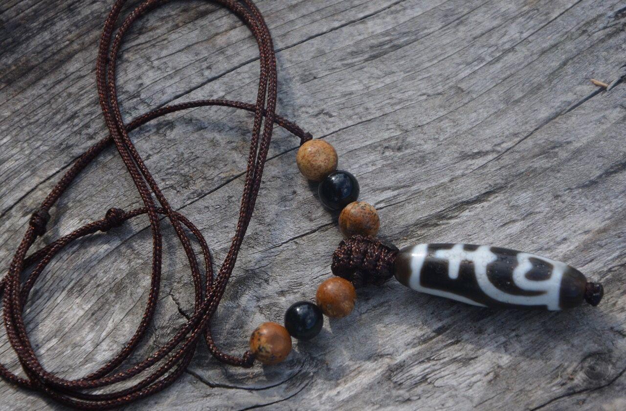 Pendant with a Dzi dzi bead-A talisman for wealth and abundance, Ji bead, Pereslavl-Zalesskij,  Фото №1