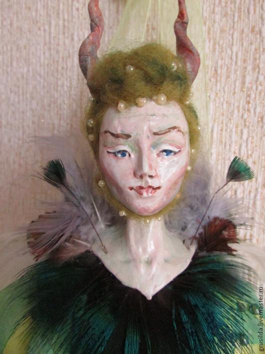 Коллекционные куклы ручной работы. Ярмарка Мастеров - ручная работа. Купить Мелифисента. Handmade. Хеллоуин, перья павлина