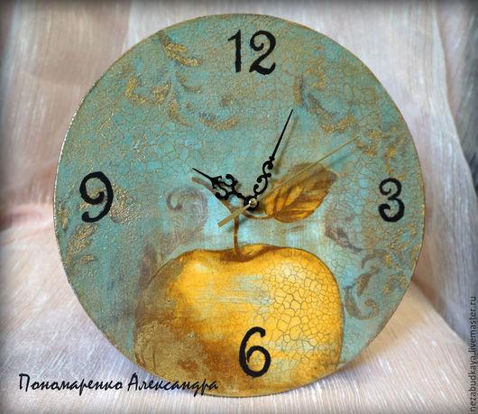 """Часы для дома ручной работы. Ярмарка Мастеров - ручная работа. Купить Часы """"Винтажные фрукты"""". Handmade. Морская волна, золочение"""