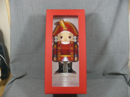 Сказочные персонажи ручной работы. Ярмарка Мастеров - ручная работа. Купить Принц упакованный в красном. Handmade. Ярко-красный