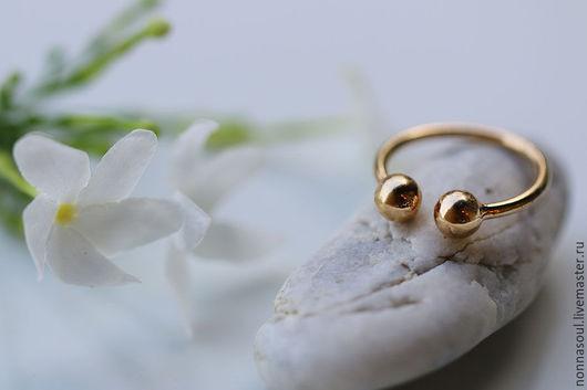 Кольца ручной работы. Ярмарка Мастеров - ручная работа. Купить Позолоченное кольцо с шариками на верхнюю фалангу. Handmade. Золотой