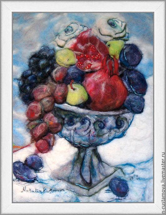 Натюрморт ручной работы. Ярмарка Мастеров - ручная работа. Купить Ваза с фруктами. Handmade. Картина из шерсти, Мокрое валяние, синий