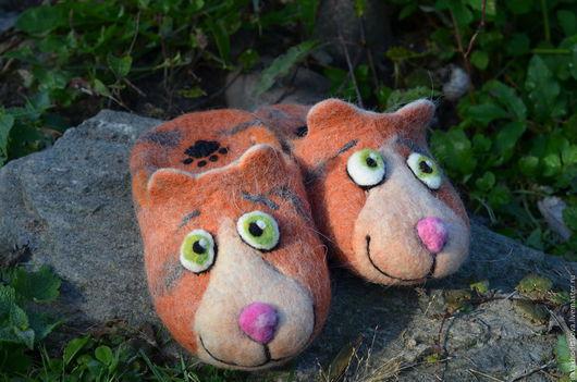 """Обувь ручной работы. Ярмарка Мастеров - ручная работа. Купить Тапочки валяные, """"Рыжий кот"""". Handmade. Рыжий, кошачья мордочка"""