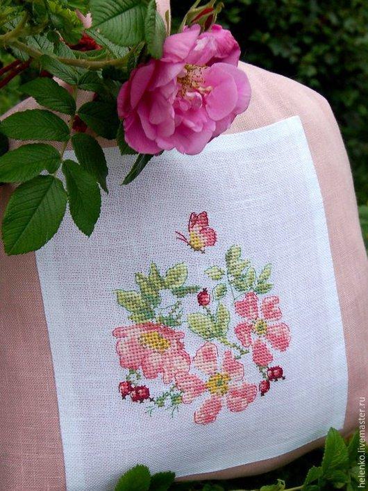 """Белье ручной работы. Ярмарка Мастеров - ручная работа. Купить Льняной мешочек для белья """"Цветущий шиповник"""". Handmade. Розовый"""
