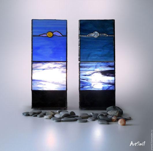 Дуэт светильников на морскую тему: Солнечные блики и Лунный свет.  Светильники отлично подходят для спальни, их мягкий рассеянный свет создает удивительно приятную атмосферу комфорта и уюта.