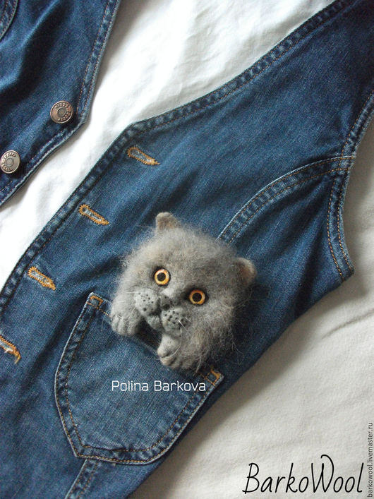 Броши ручной работы. Ярмарка Мастеров - ручная работа. Купить Карманный британский котенок  с хвостиком. Handmade. Серый, котенок, британская