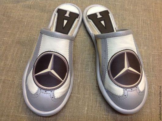"""Обувь ручной работы. Ярмарка Мастеров - ручная работа. Купить Тапочки для автолюбителя"""" Mersedes"""". Handmade. Белый, обувь для дома, новоселье"""