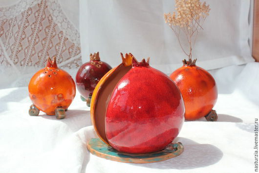 Кухня ручной работы. Ярмарка Мастеров - ручная работа. Купить Набор для кухни Гранаты керамика. Handmade. Ярко-красный, перечница